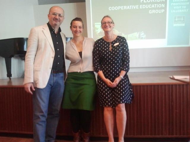 Adrián Broz y profesoras de Odense