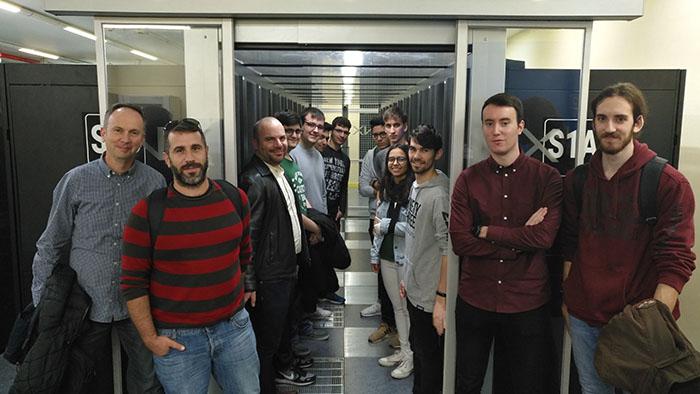 EL ALUMNADO DE ASIR CONOCE COMO FUNCIONA UN 'DATA CENTER'